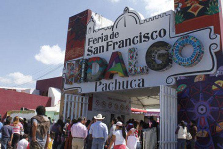 stands feria pachuca 2015