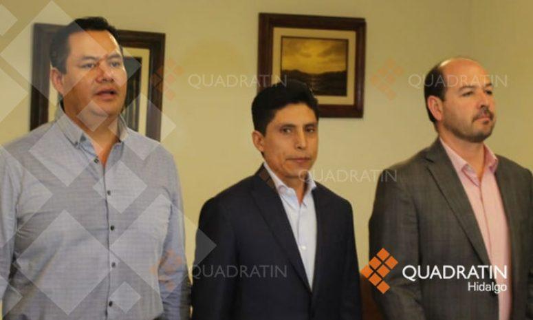 Chofer de Urvan accidentada en Zimapán, no se sentía bien, pero quiso manejar: Alcalde