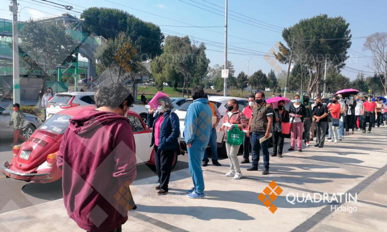 Inicia vacunación para mayores de 50 años en Pachuca con 35,800 dosis